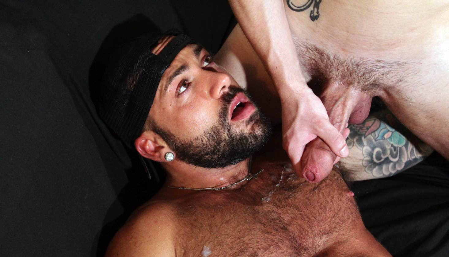 Sergi Rodriguez bottoms for Theo Reid on gay porn site Hard Brit Lads