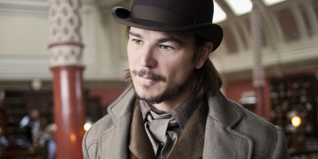 Celebrity Skin: Josh Hartnett's Butt