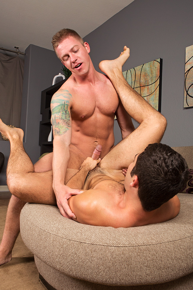 Tanner and Duke flip-fuck on gay porn site Sean Cody.