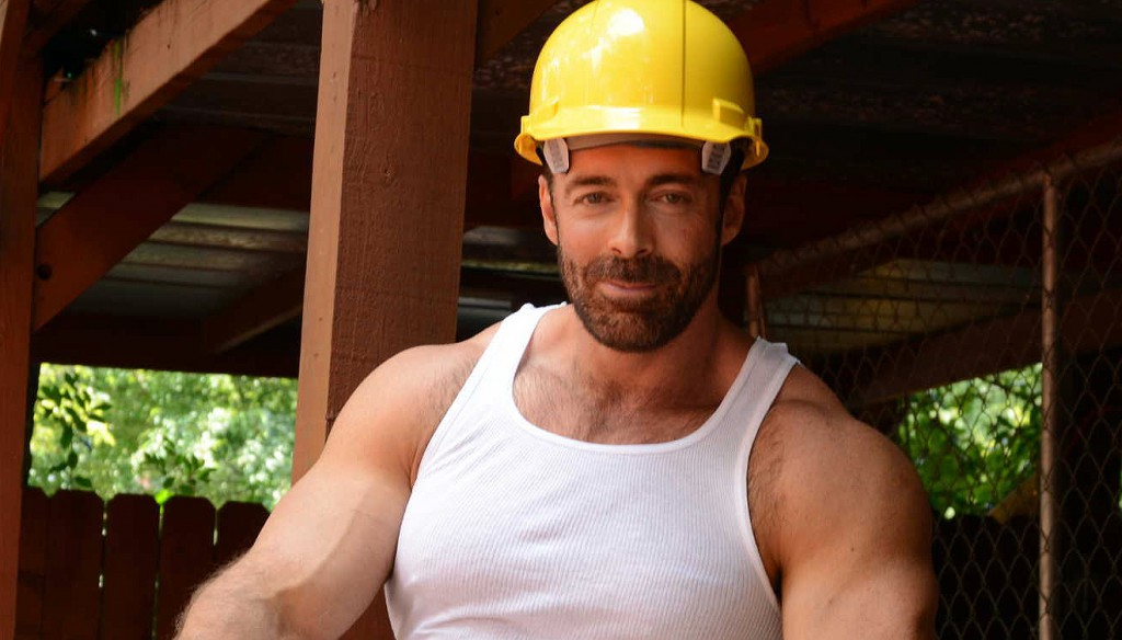 Brad Kalvo and Matthew Ryder star in the intergenerational construction worker fantasy series Daddy's Workplace by gay porn site MEN.