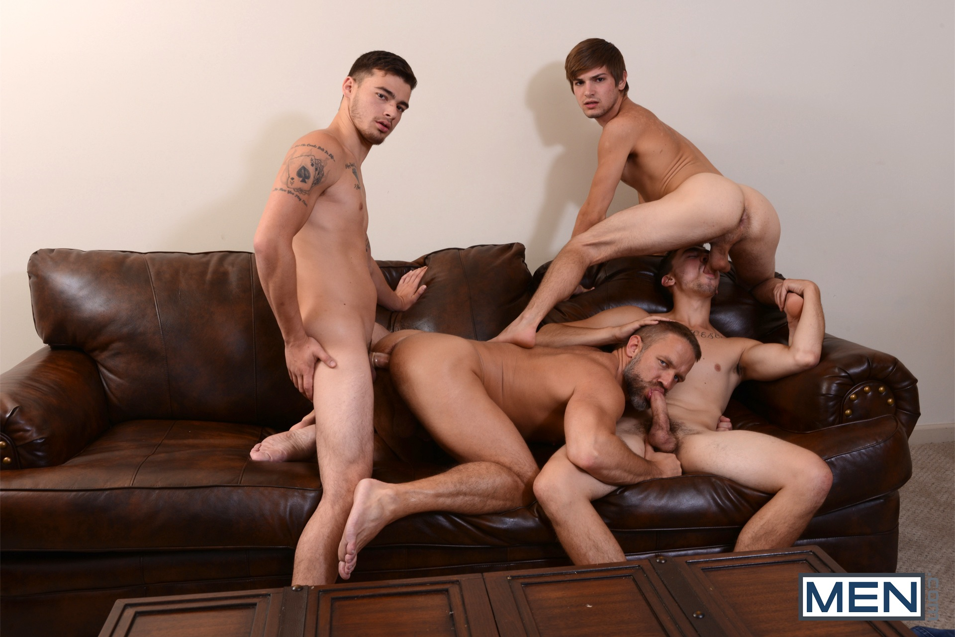 gay groupe anal penetretion douleur
