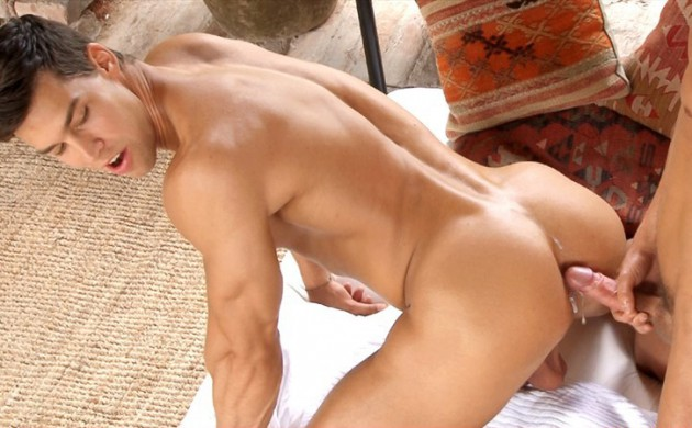 Kris Evans Bottoms For Kevin Warhol, Has An Orgy In Two More Bareback Scenes