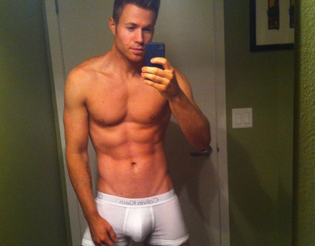 ashley_parker_angel_desnudo