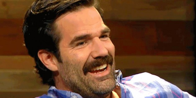"Celebrity Skin: Rob Delaney's Butt On ""Catastrophe"""