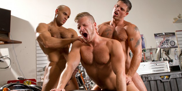 Three's Company: Sean Zevran & Derek Atlas Tag-Team Brian Bonds