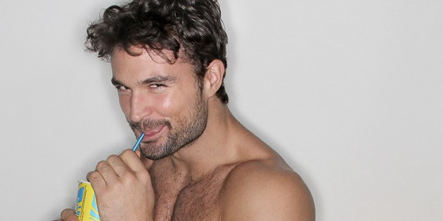 Manhunt Daily Wood: Walter Savage Delivers Sexy Goofiness