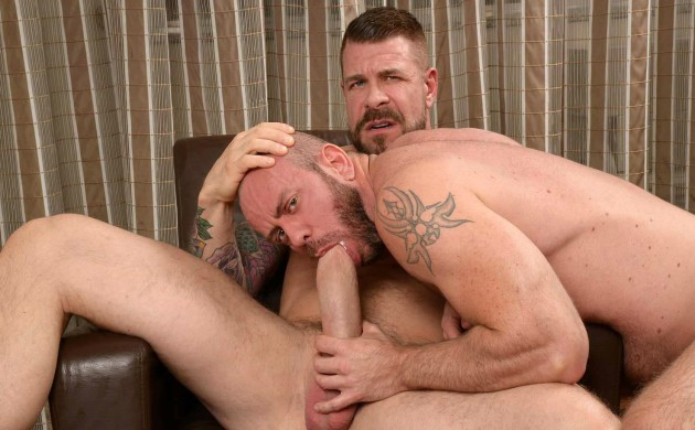 "Rocco Steele's Massive 10 x 7 Inch Meat Says ""Hi"" To Matt Stevens & Flex Xtremmo's Buttholes"