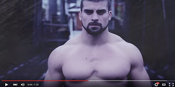 This Guy Is Muscly AF, And That's All I Know