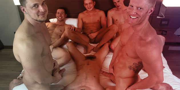 American Muscle Hunks' 4th of July Gangbang