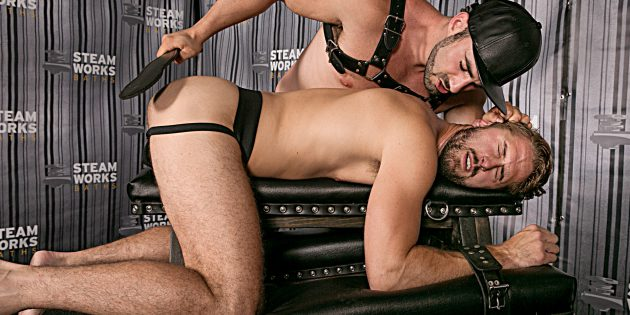 Jaxton Wheeler Schools Jack Hunter And Wesley Woods In The Steamroom, Part 2
